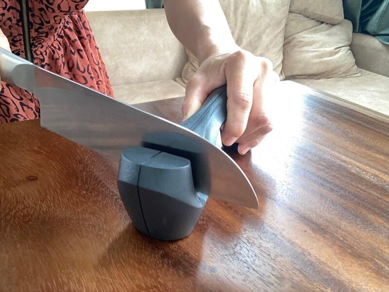 包丁研ぎ器 使い方