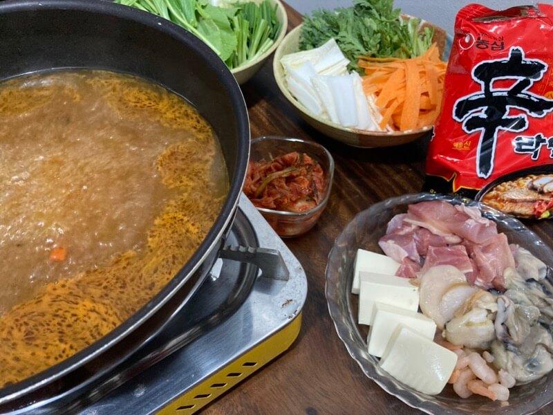 辛ラーメン 海鮮チゲ鍋
